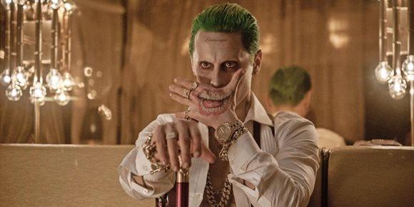1. David Ayer confirma que su versión Escuadrón Suicida (Suicide Squad) existe y lanza una imagen inédita de Joker