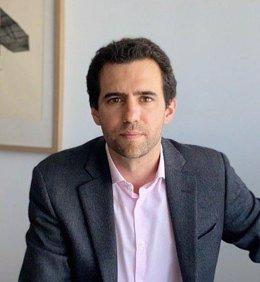 Imagen del diputado de Más Madrid en la Asamblea Alberto Oliver.