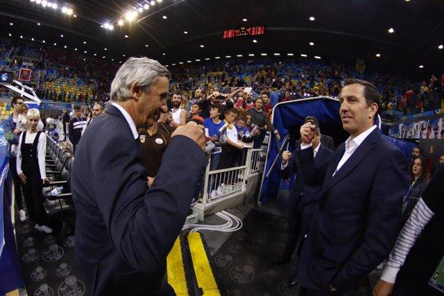 Pesic y Nacho Rodríguez se saludan en la Copa del Rey de Las Palmas