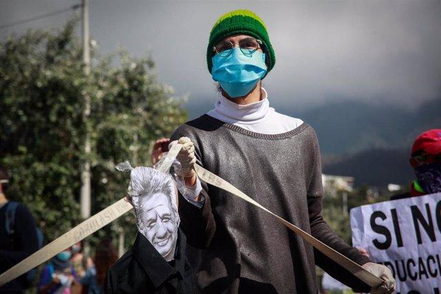 Protestas en la capital de Ecuador, Quito, contra las medidas económicas del Gobierno en el marco de la pandemia del coronavirus.