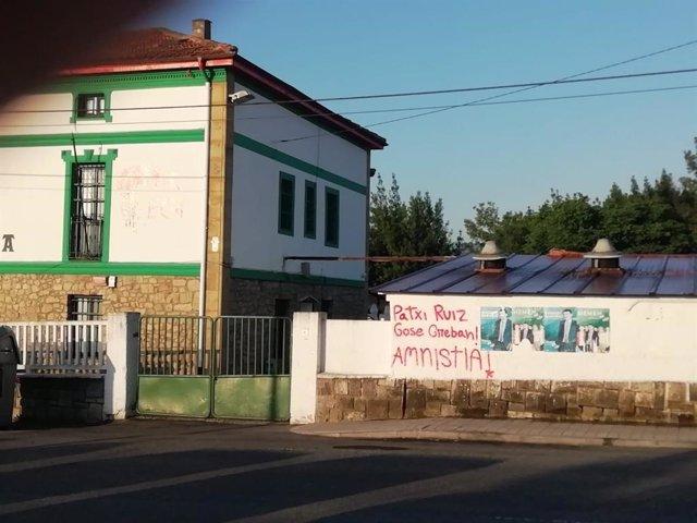 Ataque al batzoki de Erandio (Bizkaia)