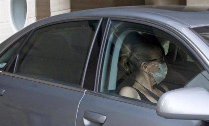 Ana Obregón, volcada en sus padres tras la perdida de Álex