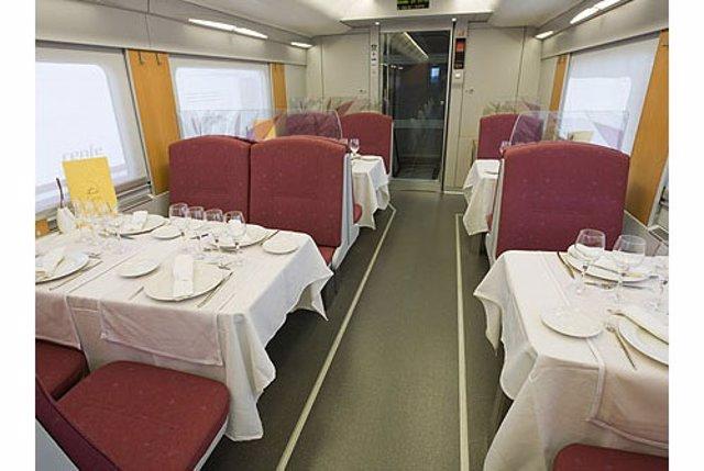 Tren hotel, coche restaurante