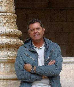 La Diputación de Huesca propone a Alberto Sabio como director del Instituto de Estudios Altoaragoneses.