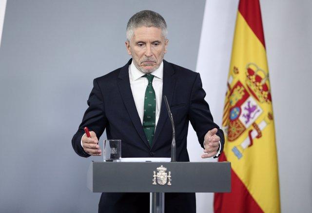 El ministro del Interior, Fernando Grande-Marlaska, comparece ante los medios tras el Consejo de Ministros celebrado en Moncloa, en Madrid (España), a 26 de mayo de 2020.