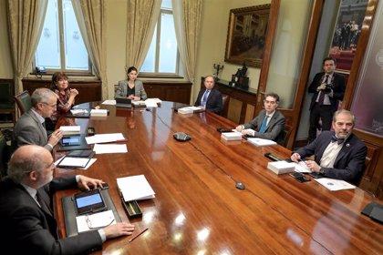 El Senado se abre a la creación de una comisión de reconstrucción tras la propuesta de PP y CC