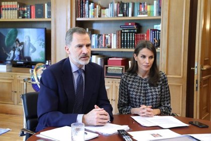 Los Reyes se reúnen por videoconferencia con la agencias de viajes