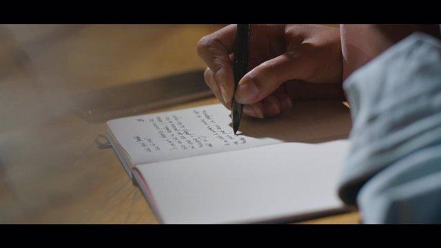Capítol de 'Correspondències', la nova sèrie documental del Canal 33 per fomentar la innovació i el contingut cultural de la cadena de televisió pública