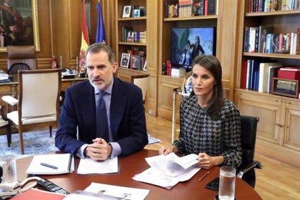 Los Reyes Felipe y Letizia, de Carrefour a las agencias de viajes