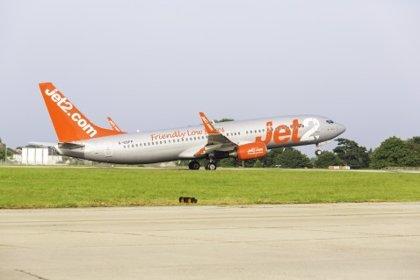 La aerolínea británica Jet2 retrasa al 1 de julio la reanudación de sus vuelos