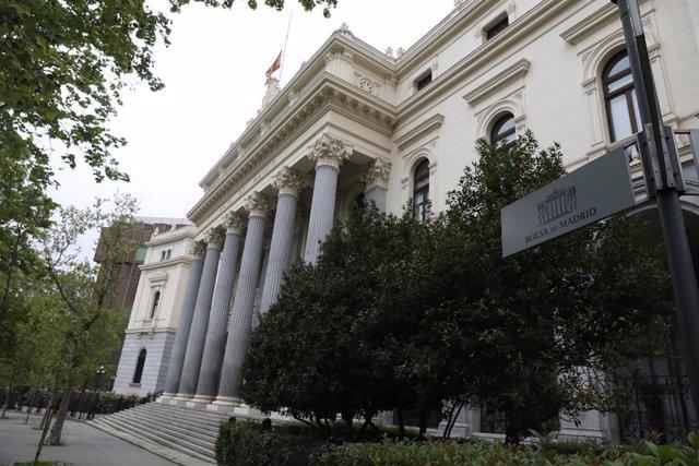 Edificio de la Bolsa de Madrid.