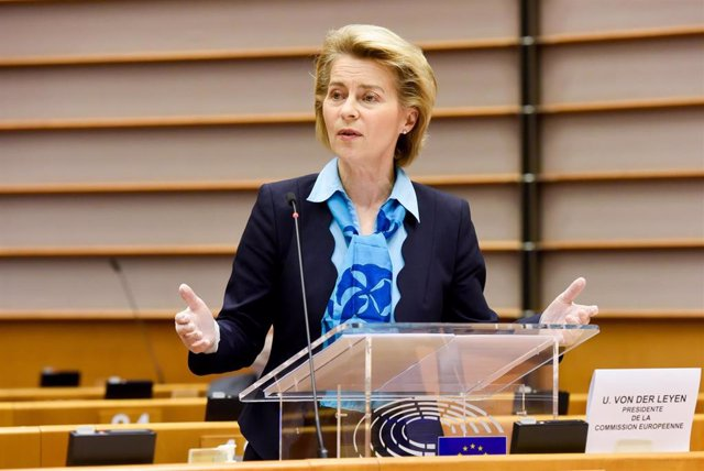 HANDOUT - 13 May 2020, Belgium, Brussels: European Commission President Ursula von der Leyen (C) speaks during a plenary session of the European Parliament. Photo: Etienne Ansotte/European Commission/dpa - ATTENTION: editorial use only and only if the cre