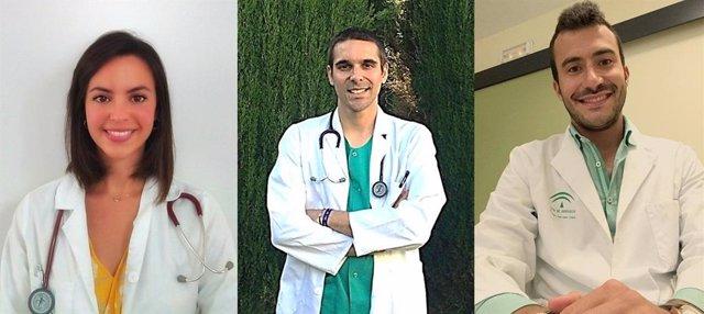 Los residentes Águeda Baldonedo, Rafael Rodríguez y Álvaro Moléon, que han obtenido el Premio FABIS al Mejor Residente en el hispital Juan Ramón Jiménez de Huelva.