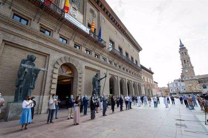 Azcón celebra que el Gobierno de España se sume al luto que la ciudad decretó hace dos meses