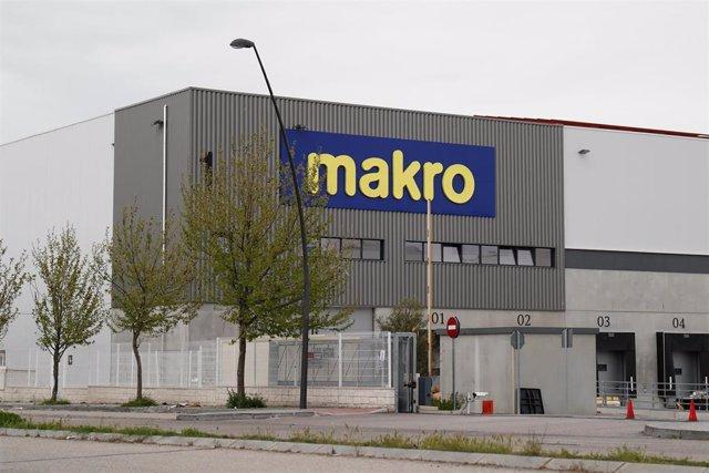 El Centro Logístico de Makro cerrado durante el Jueves Santo marcado por el confinamiento impuesto por el Estado de Alarma provocado por el coronavirus, COVID19. En Madrid (España) a 9 de abril de 2020.