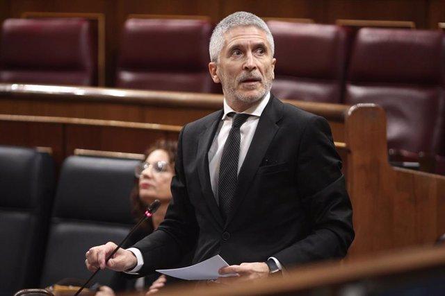 El ministro del Interior, Fernando Grande Marlaska, durante su intervención donde ha respondido a preguntas sobre el cese del coronel Pérez de los Cobos.