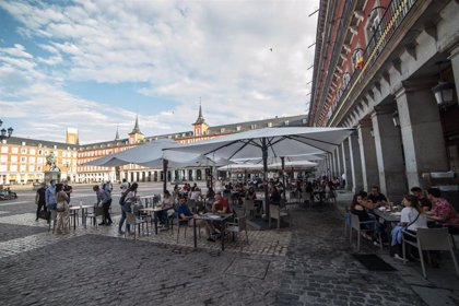 La Comunidad de Madrid fija un nuevo marco horario para prolongar la actividad de las terrazas
