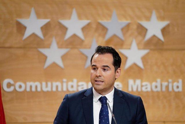 El vicepresidente de la Comunidad de Madrid, Ignacio Aguado, en rueda de prensa tras el Consejo de Gobierno.