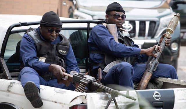 RDCongo.- Protestas en Kinshasa tras la repentina muerte del juez encargado del