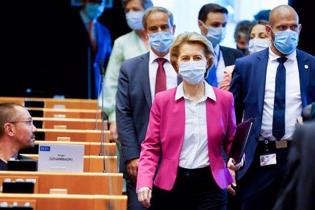 """Cvirus.- Von der Leyen llama a """"abandonar los prejuicios"""" con la recuperación: """""""