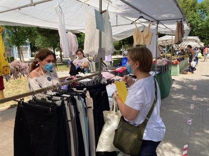 Los mercados temporales de Palma comienzan a reincorporar las secciones no alimentarias