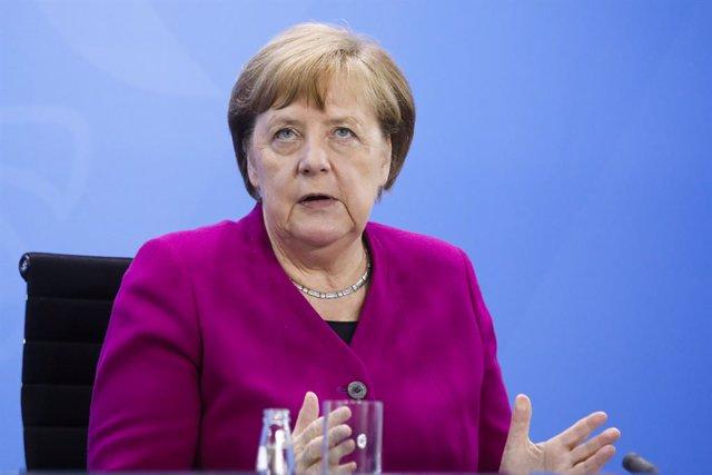 """Coronavirus.- Merkel apela a la precaución y alerta de que Alemania """"todavía est"""