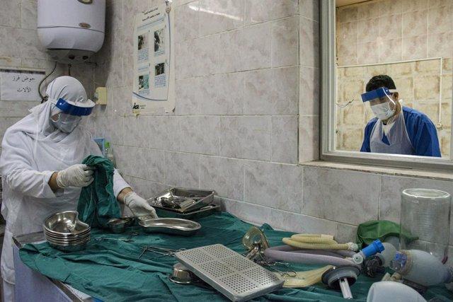 Coronavirus.- Egipto registra su máximo diario de casos y confirma la tendencia