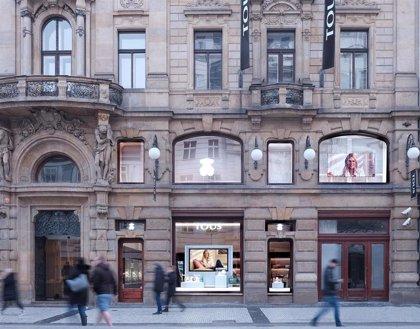 Un calendario con imágenes de líderes nazis y criminales de guerra levanta la polémica en República Checa