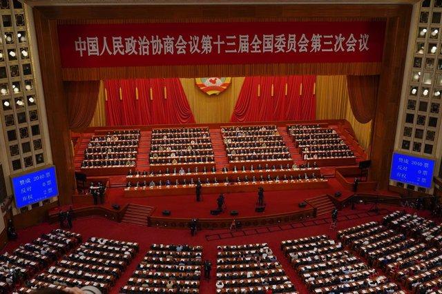 China.- El Parlamento chino respalda la controvertida ley de seguridad nacional