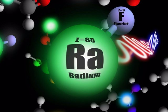 Nueva física al alcance con la medición de una molécula radiactiva fugaz