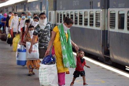 India supera los 4.500 muertos por coronavirus tras registrar su segunda mayor cifra diaria