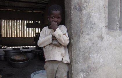 El número de niños pobres aumentará en 86 millones a final de año por la pandemia, según Save the Children y UNICEF