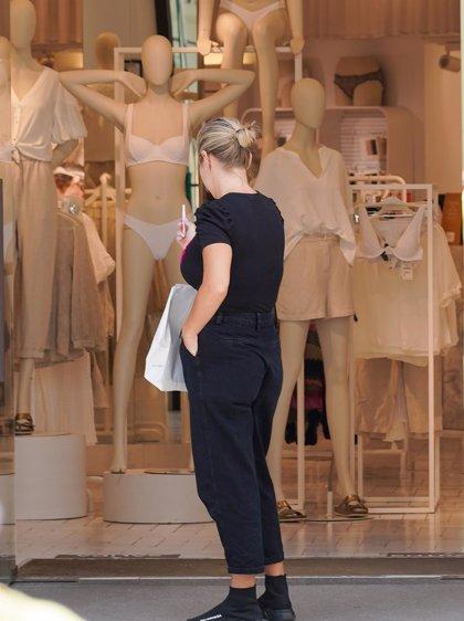 Evitar la pobreza con una estilo de vida más simple y un consumo de moda sostenible