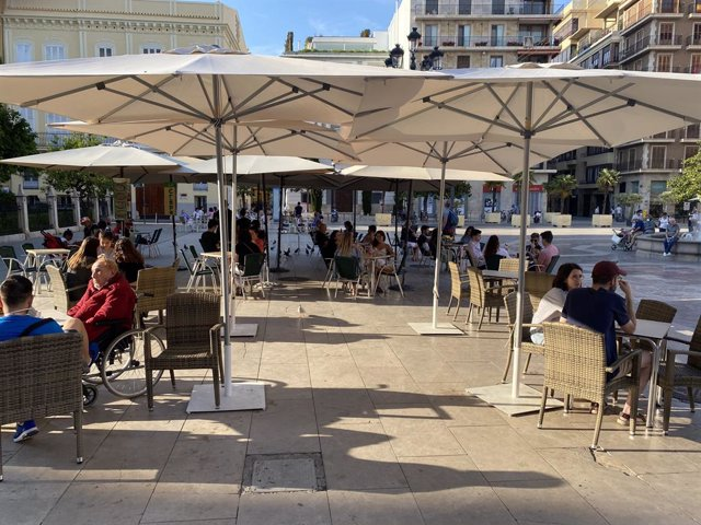 Terrassa en la plaça de la Verge de València