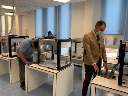 El Hospital Regional de Málaga comienza a instalar el robot Opentrons con capacidad para analizar 2.400 PCR al día