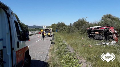 Dos hombres resultan heridos en un acidente de tráfico en Siero