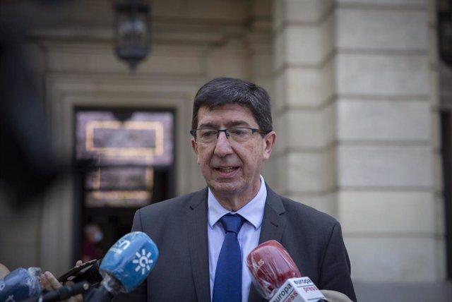 El vicepresidente de la Junta de Andalucía, Juan Marín, atiende a los medios de comunicación tras su reunión con el presidente del TSJA. En la Audiencia Provincial de Sevilla (Andalucía,España), a 22 de mayo de 2020.