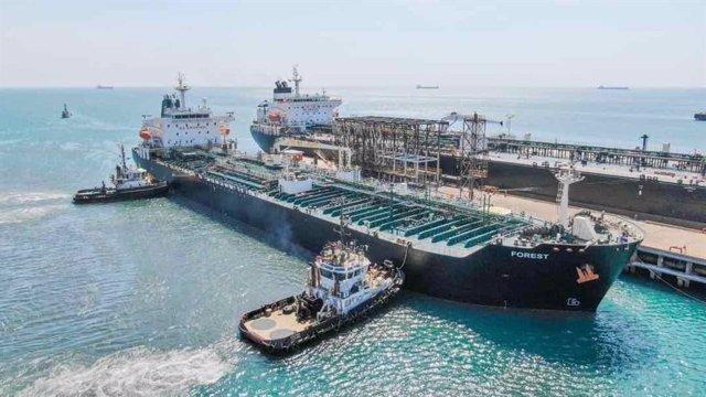 Venezuela.- La Armada de Venezuela escolta a un cuarto petrolero iraní a su lleg