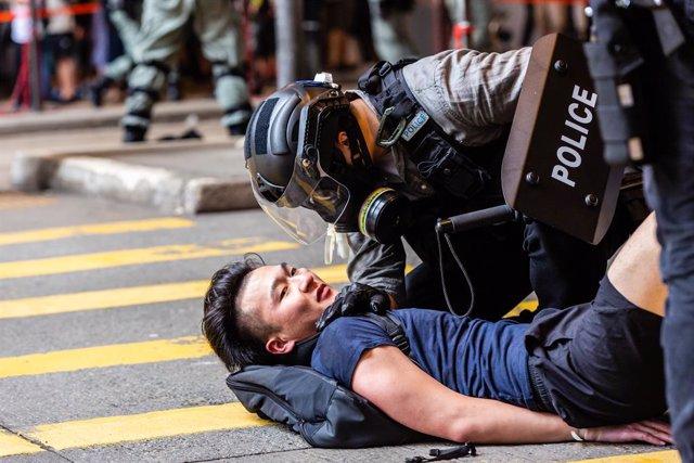 China.- Unos 80 menores detenidos en las últimas protestas en Hong Kong contra l