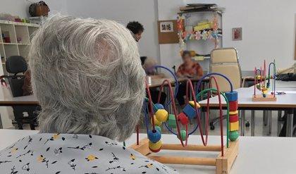 Andalucía exige una declaración responsable de no presentar síntomas de Covid-19 para visitar a mayores en residencias