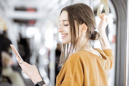 Adolescentes conectados: confianza frente a seguridad