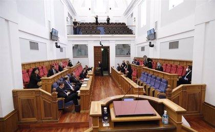 Las Cortes de C-LM volverán a celebrar un pleno con 33 diputados el próximo jueves