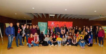 ASUR logra el Premio ABC Solidario 2020 'Voluntariado Universitario' por su labor de apoyo escolar a menores