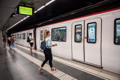 El Metro de Barcelona registra un 12% más de viajeros este viernes que el pasado