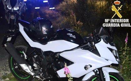 Investigado un motorista que cuadriplicó la tasa de alcoholemia máxima tras sufrir un accidente en Pontevedra