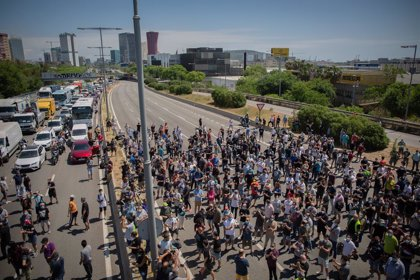 El pleno de Barcelona rechaza de forma unánime el cierre de Nissan