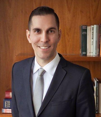 El abogado Luis Fernando Pamplona aboga por la planificación para evitar problemas fiscales en el ISDE Webinar