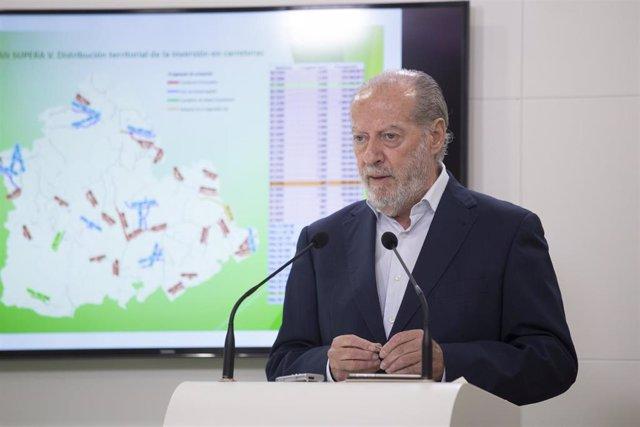 El presidente de la FAMP y de la Diputación de Sevilla, Fernando Rodríguez Villalobos.