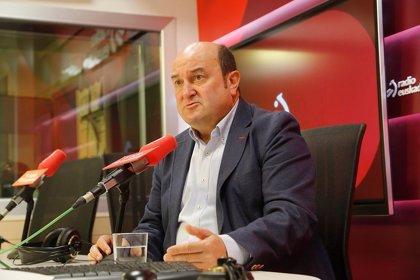 """Ortuzar no duda de que Otegi """"no ha mandado"""" atacar las sedes de partidos, pero le pide que frene a los autores"""