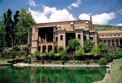 El Monasterio de Yuste y La Almudaina reabren sus puertas el 2 de junio con una reducción de aforo al 30%
